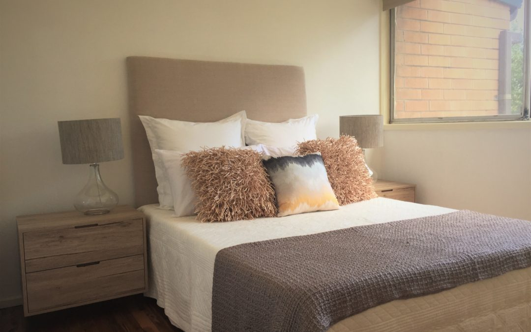 Beautiful bedroom combinations – Neutrals and texture