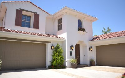 COMPREHENSIVE GUIDE TO GARAGE EXTERIOR LIGHTING – ADDING CURB APPEAL!